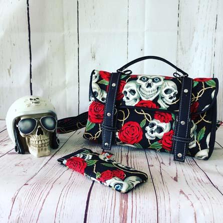 Ensemble sac cartable et étui à lunettes Miss Skull & Roses